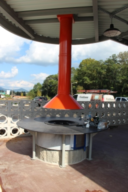 ROANOKE, Oct. 4 - MELLOW MUSHROOM: Something of rarity in Roanoke, Mellow Mushroom will feature a fire pit in the outdoor seating area. Photo: Katelin Frosell